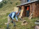 1a-taglio-e-sistemazione-della-legna-a-Fop-de-Càdì